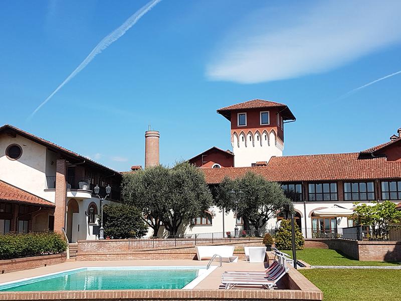 Franco monteleone contract experience for Villa del borgo canelli